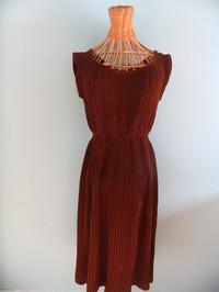 Vintage dress 23