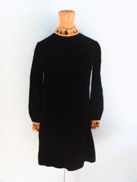 Vintage dress 53