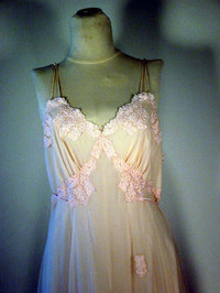Vintage lingerie 45