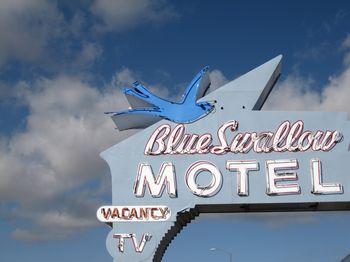 Blue swallow motel 28