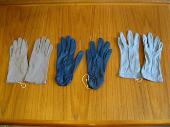 Vintage colored gloves 2