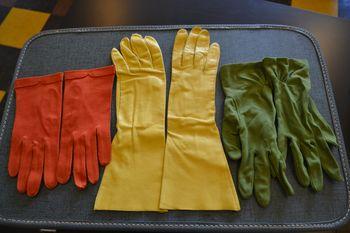 Vintage gloves 1